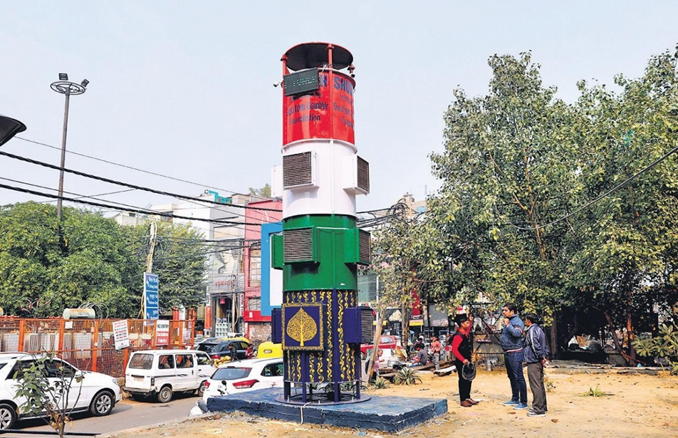 PHOTO COURTESY: NEW INDIAN EXPRESS There are several questions raised today as to how sustainable smog towers are.