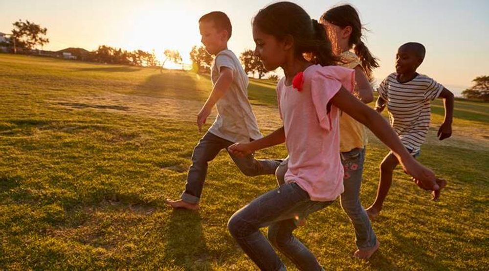Children need open surroundings and clean air. Image Courtesy: indianexpress.com